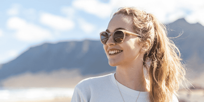 Natural Recycled Bamboo Polarized Sunglasses With Case